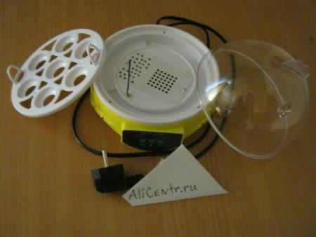 Мини инкубатор на 7 яиц